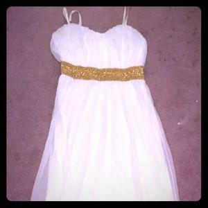 Gorgeous White Maxi | Sleeveless Gown
